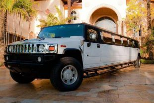 Hummer limo St Louis