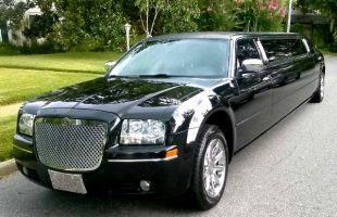 Edwardsville- Illinois-Chrysler-300-Limo
