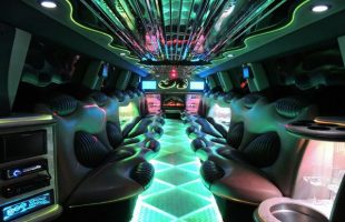 Hummer-Limo-Near-Maryland-Heights